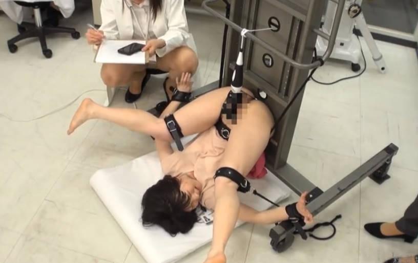 ショートヘア美人オフィスレディが両手両足拘束状態で大人のオモチャ責め☆だめだめイクイクと何度もメスイキさせられる痴態