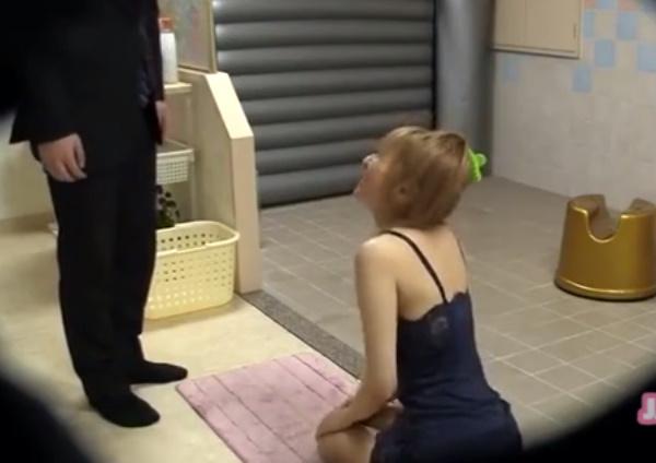 ヘルスでローションヌルヌルでお客さんに体をこすりつけるギャル☆嬢の優しいおもてなしに男は大満足