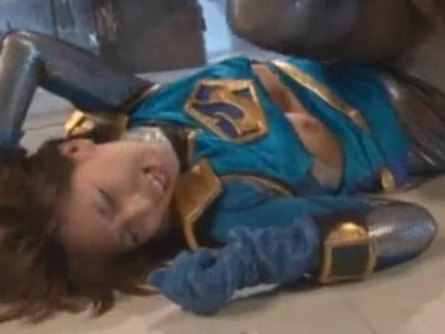 ショートヘア女ヒーローが強制わいせつされて男棒を挿入される☆かわいいお声でアッ、ウン、アハン!