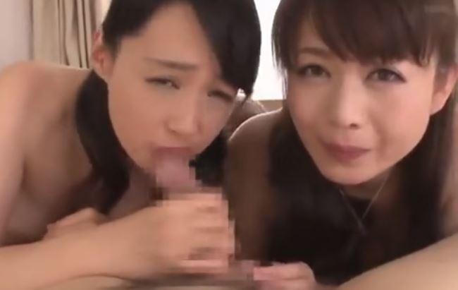 三浦恵美子 老いた父が出かけたら嫁と母の二人と・・・止まらない思いを口マンコにぶちまける!