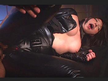 気の強い秘密エージェントが美しき肉体を凌辱され堕ちていく動画3